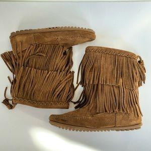 NWOB Minnetonka Double Layer Moccasin Boots